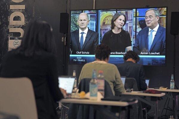 Predvolebná debata kresťanského demokrata Armina Lascheta, sociálneho demokrata Olafa Scholza a Annaleny Baerbockovej zo strany Zelených.