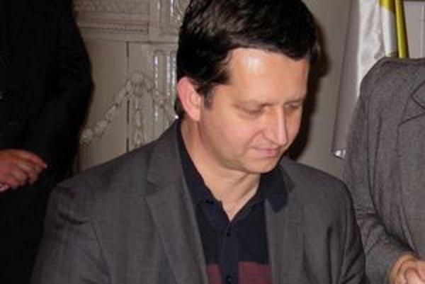 Primátor Komárna Tibor Bastrnák.