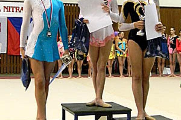 V kategórii mini vyhrala Alexandra Bútorová, tretia bola Sára Kosdiová.