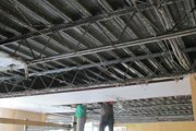 Náročnejšie práce si podľa radnice vyžiadala oprava stropov vMŠ na ulici Hollého.
