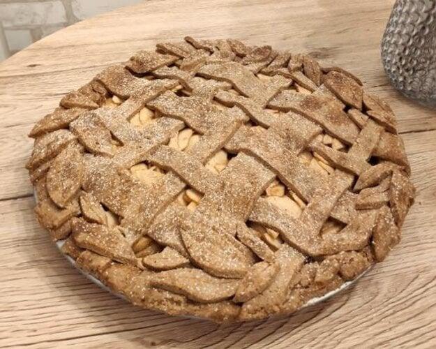 Špaldový jablkový koláč