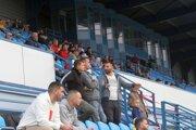 Medzi nitrianskymi futbalovými fanúšikmi sa okamžite po piatkovej správe rozpútali debaty o tom, kto sa stal piatym majiteľom Nitry za posledné necelé dva roky.