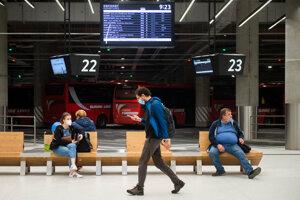 V Bratislave otvorili novú autobusovú stanicu na Mlynských nivách.