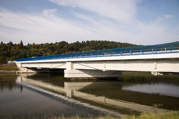 Zrekonštruovaný most Podvažie