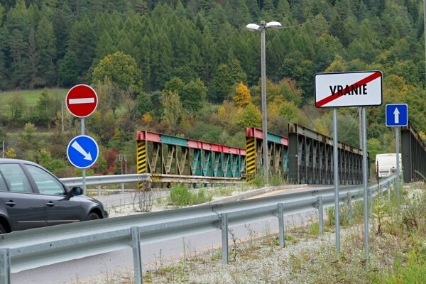 Mosty vo Vraní.