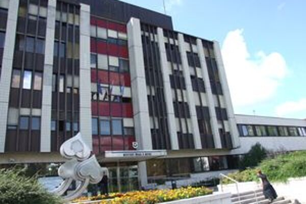 Nitransky mestský úrad.