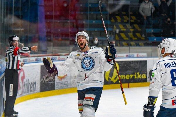 Filip Krivošík sa teší z víťazného gólu v predĺžení.