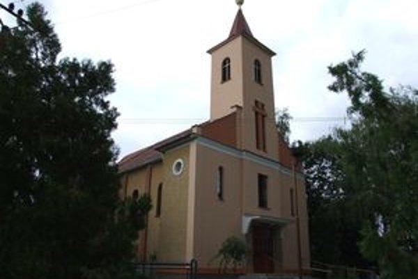 Kostol v Choči postavili pred polstoročím s nepredstaviteľnými peripetiami.