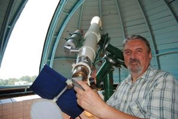 Peter Poliak sa astronómii venuje 35 rokov.