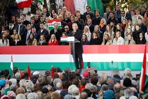 Orbán na zhromaždení pri 65. výročí maďarskej kontrarevolúcie v roku 1956.