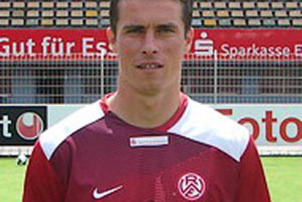 Jozef Kotula má skúsenosti aj s legionárskym chlebíkom. Trénerskú kariéru začne v ČFK Nitra.