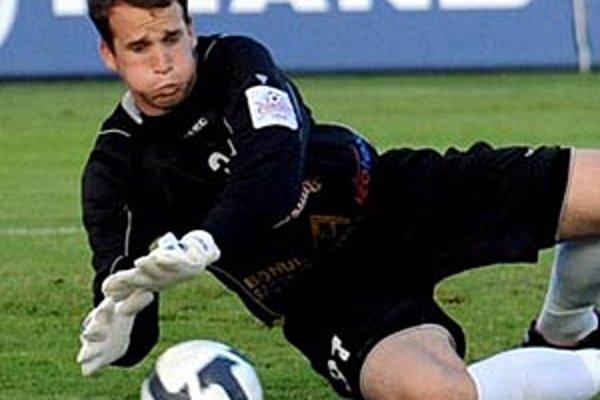 Brankár FC Nitra Lukáš Hroššo má ponuku z Grécka.