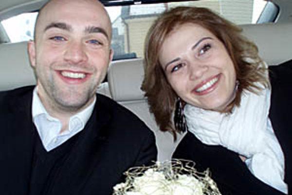 Ladislav Gasparovics s manželkou Miriam majú dôvod na radosť.
