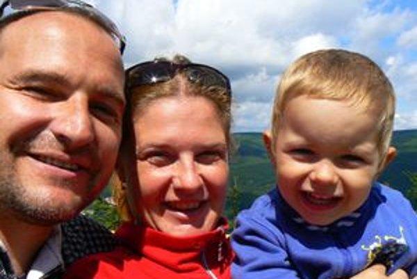 Ondrej Spišák, Agáta Solčianska a syn Ondrík na dovolenke v Jizerských horách.