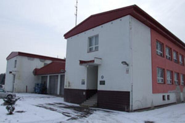 Statik ale po trinástich rokoch zistil, že budova má narušenú statiku. Povedal, že oprava stanice je nevyhnutná.