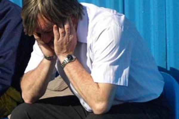 Tréner Šale Tibor Meszlényi oznámil, že pri mužstve končí.