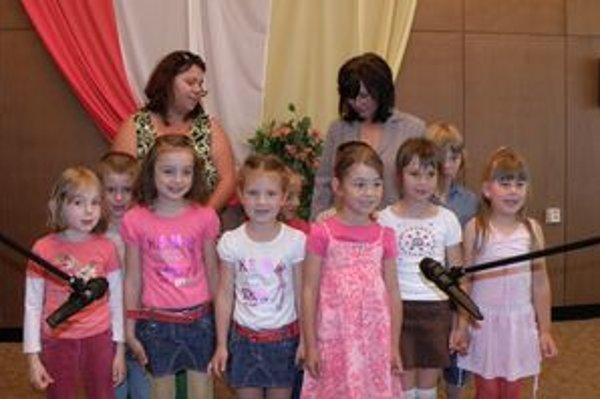 Ocenených svojim programom pozdravili aj deti z Materskej školy na Hornej ulici v Šali.