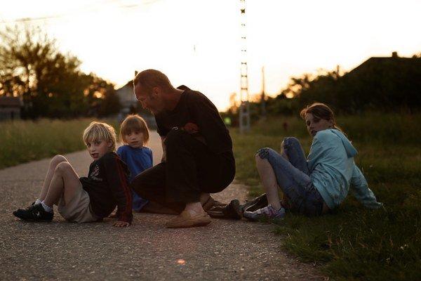 Maďarsko-francúzska snímka Kainove deti zobrazuje perifériu ľudskej spoločnosti.
