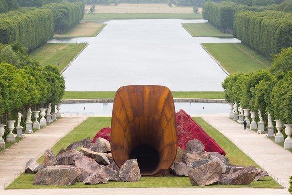 Dirty Corner vo Versailles.