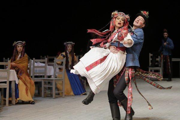 Hlavnú úlohu v predstavení Gazdiná roba má Kristína Turjanová. Výborné herectvo sa pripojilo k výbornému textu a šikovnej réžii.