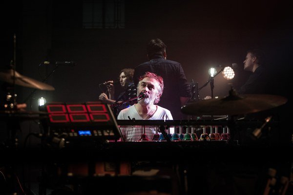 Tiersen ani jeho publikum sa nechceli dať počas koncertu vyrušovať.