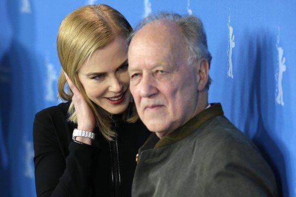 Nicole Kidman a Werner Herzog na Berlinale. Vrelého potlesku sa nedočkali.
