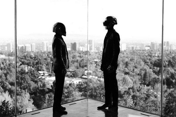 Francúzske elektronické duo Daft Punk.