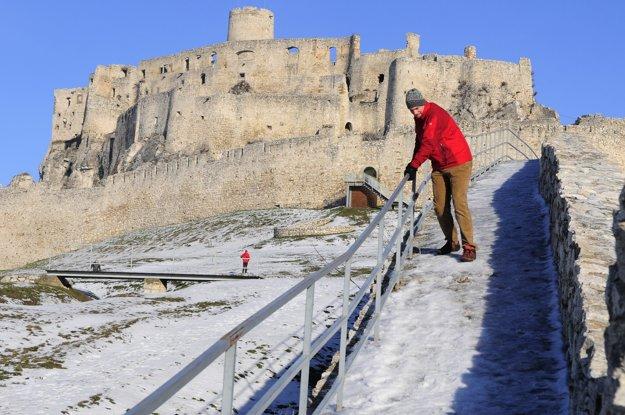 Spišský hrad býva otvorený aj v zime, na niekoľko dní počas vianočných sviatkov.