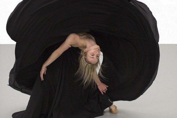 Choreografka Stanislava Vlčeková pracovala s motívom kruhu, v jej verzii Búrky tancuje Kristína Luptáková.