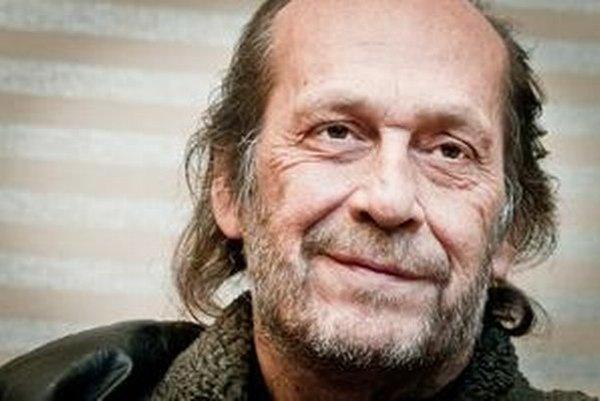 Gitarista Paco de Lucia bol cenený najmä pre oslnivú techniku pravej ruky.