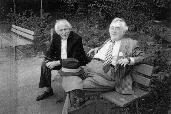 Lubomír Dorůžka (vľavo) a Josef Škvorecký.