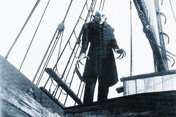 Upír Nosferatu.