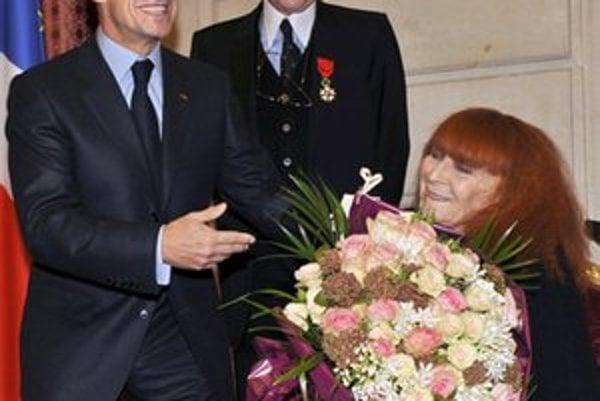 Jean-Louis Scherrer na archívnej snímke s francúzskym prezidentom.