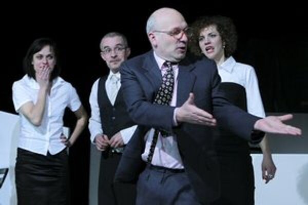 Divadlo SkRAT malo vo Wiesbadene neobyčajný úspech s inscenáciou Napichovači a lízači.