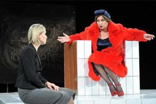 Ingrid Timková a Emília Vášáryová v Rabínke.