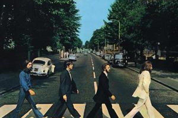 Fotografia slávneho obalu albumu The Beatles má 50 rokov.