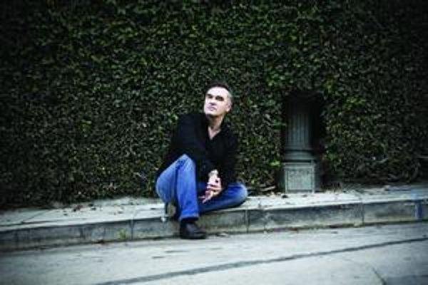 Morrissey je dnes pre Britov niečo ako žijúci národný poklad.