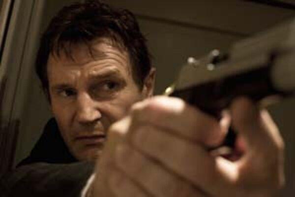 Bývalý agent, ktorého hrá Liam Neeson: v bežnom živote hanblivý, v službe akčný.