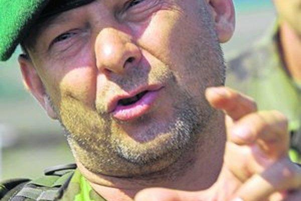Václav Marhoul (48), herec, producent, režisér, dobrovoľník. Svoj prvý film Mazaný Filip nakrútil v roku 2003, druhý Tobruk nakrúcal ako pamiatku zabudnutému československému práporu.
