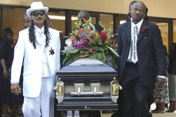 Blízki a priatelia sa počas uplynulého víkendu rozlúčili so zosnulým laureátom Grammy za celoživotné dielo, členom Rokenrolovej siene slávy Bo Diddleym. Spevák, gitarista a skladateľ v jednej osobe zomrel v pondelok 2. júna 2008 vo floridskom mestečku Arc