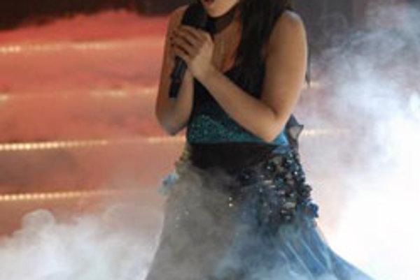 Katka Knechtová vystúpila 1. decembra v Bratislave so skladbou k filmu Juraja Jakubiska Bathory počas vyhlasovania výsledkov slovenskej ankety Slávik 2007.