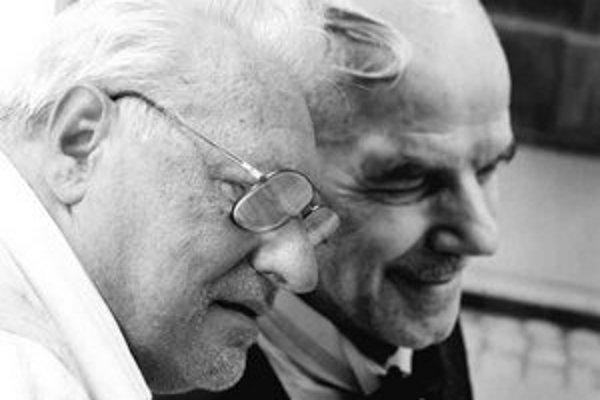 Fotograf Bohumil Puskailer (1939) s jeho snímkou Schöne Naciho. V 60. rokoch pracoval pre Život a Mladú tvorbu. Po okupácii emigroval, v súčasnosti žije na Slovensku.