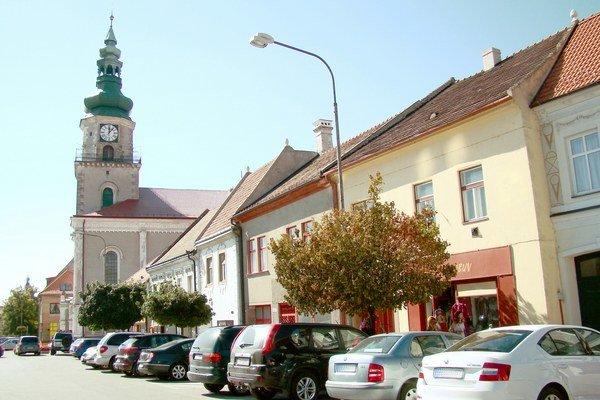Vzácne organy rozozvučia v rímskokatolíckom farskom Kostole sv. Štefana kráľa a v Slovenskom evanjelickom kostole.