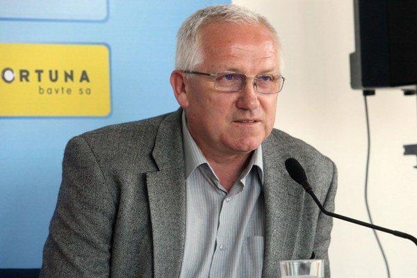 Predseda Bratislavského futbalového zväzu a viceprezident Slovenského futbalového zväzu pre amatérsky futbal Juraj Jánošík.