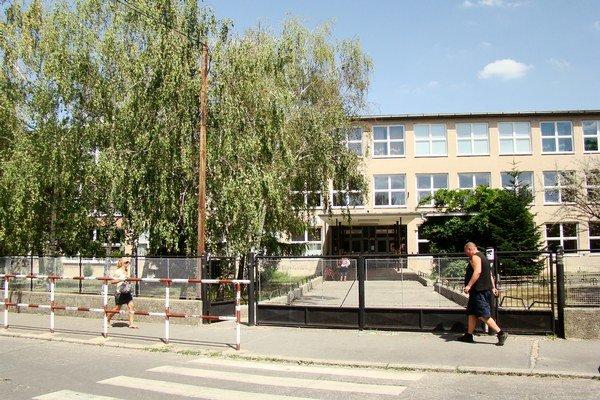 Základná škola J.G. Tajovského v Senci