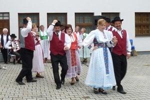 Na hodoch v Tužine vystúpi aj spevácka skupina pri KNS Tužina.