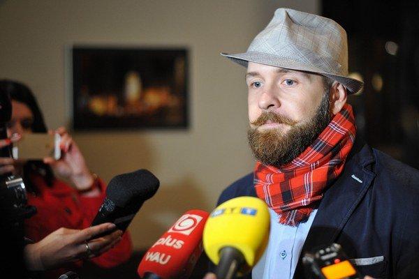 Novým primátorom Trnavy je aktivista Peter Bročka.