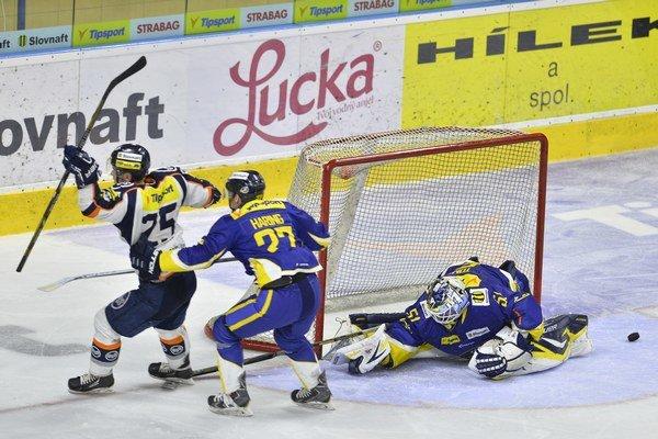 Piešťany zostali druhý rok po sebe pred bránami finále. Košiciam podľahli 2:4 na zápasy.