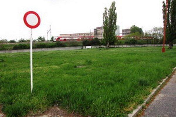 Vedenie nemocnice už zinkasovalo za pozemok viac ako 2 milióny eur. Použijú ich na skvalitnenie zdravotnej starostlivosti.
