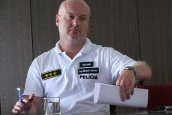 Bysstrík Stanko v radoch polície.